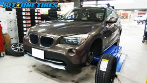 BMW X1のランフラットタイヤ交換