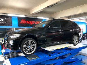 BMW3シリーズE91のタイヤ交換18インチ