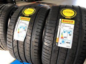 ランボルギーニウラカン専用タイヤ交換 ピレリP-ZERO 255/30R20 305/30R20