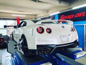 3Dアライメント調整日産GT-R