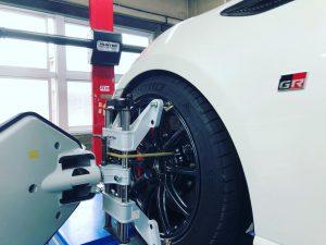 トヨタGR86の4輪アライメント調整