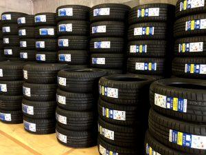 輸入ランフラットタイヤ在庫あります。即日取り付け可能!