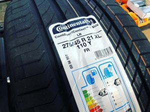 コンチネンタルスポーツコンタクトSUV275/45R21メルセデスベンツGLE持ち込みタイヤ交換