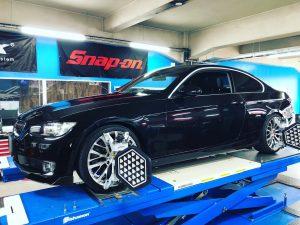 BMW3シリーズE92の4輪アライメント調整